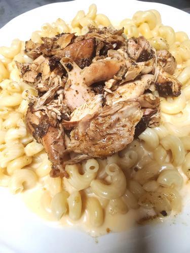 Jerk-Chicken-Mac-and-Cheese